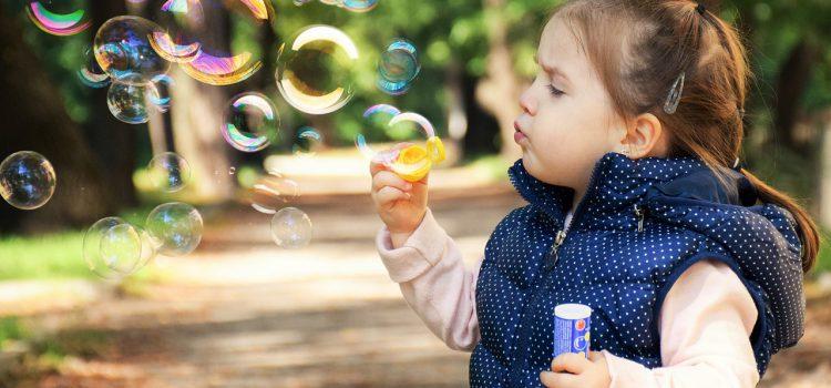Сколько игрушек нужно ребенку?  Об этом читайте в статье, которую подготовили специалисты нашей поликлиники.