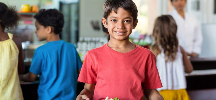 Как проверить родителям качество школьного питания? Советы сегодня дает вологодское управление Роспотребнадзора.